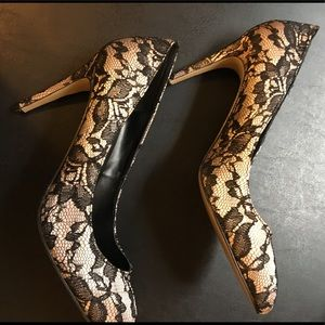 Sexy Ann Taylor Lace Heels 👠